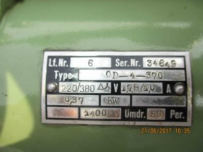 M100000066_P02.400x300-crop.JPG