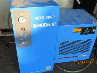 M100000561_P05.400x300-crop.JPG