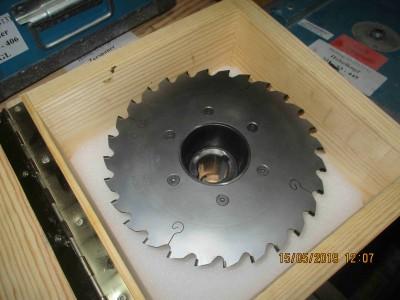 M100000641_P07.400x300-crop.JPG